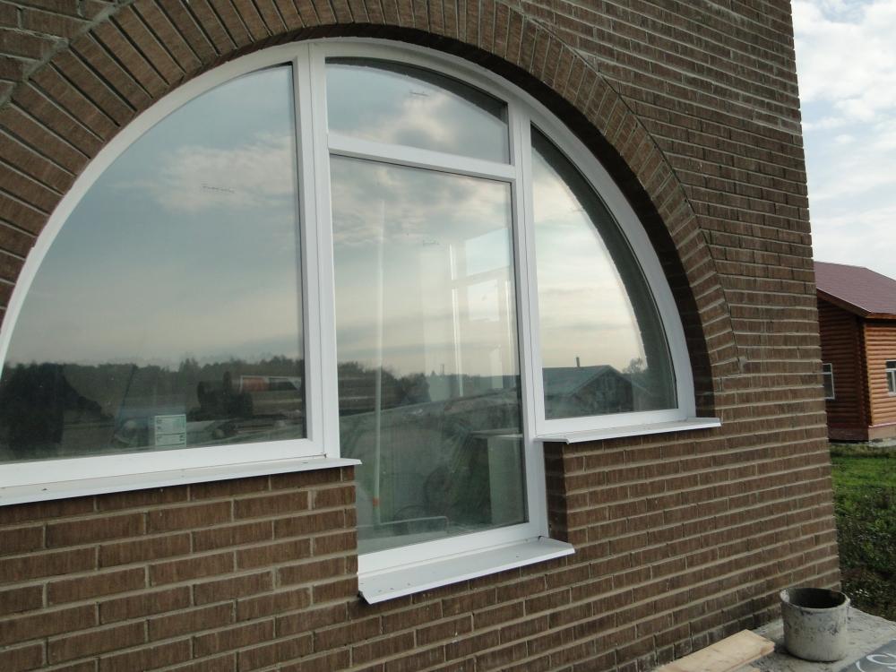видеть таких арочные окна в частном доме фото они большой точностью